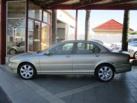 Used Jaguar X Type 2.2 D SE  for sale in Cape Town, Western Cape
