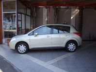 Used Nissan Tiida hatch 1.6 Visia+ for sale in Cape Town, Western Cape